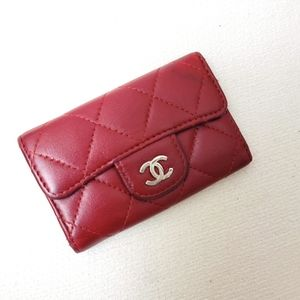 Authentic Chanel pebble leather quilted key holder